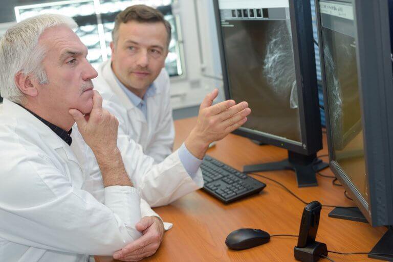 interpretation - IRM radiologie docteurs